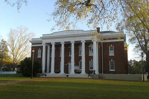 Surry-County-Courthouse